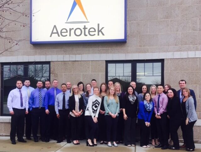Aerotek office staff in Cedar Rapids, IA